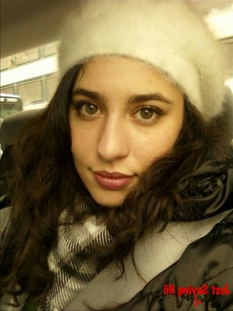 Monique Bulgaria (@monique_bulgaria) Cover Image