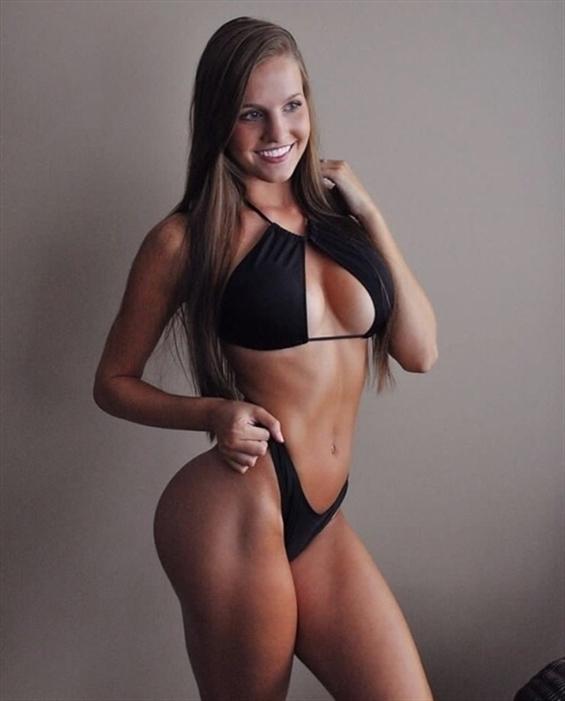 Lauren Tijuana (@lauren_tijuana) Cover Image