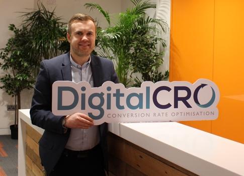 digitlcro (@digitalcro) Cover Image