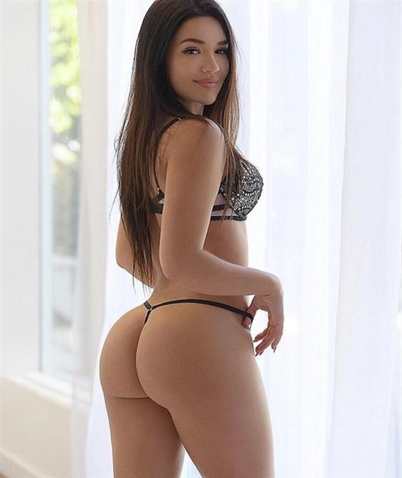Becky Tianjin (@becky_tianjin) Cover Image