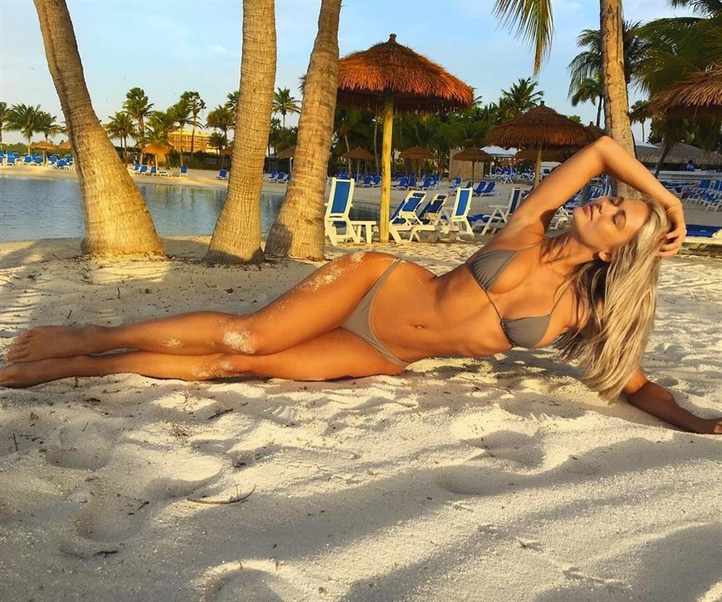 Stacy Malta (@stacy_malta) Cover Image