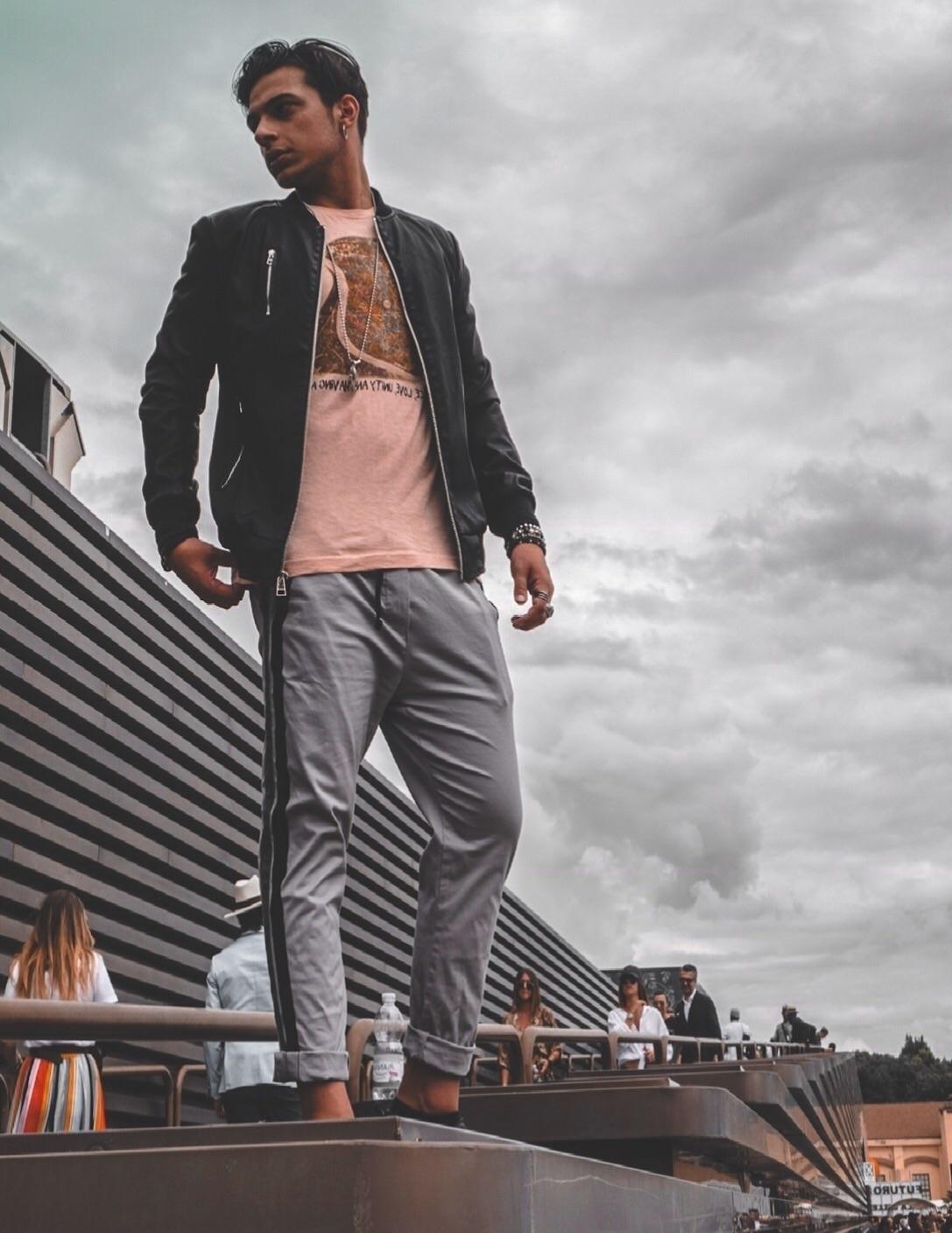 Lorenzo (@lorenzomazzaferro) Cover Image
