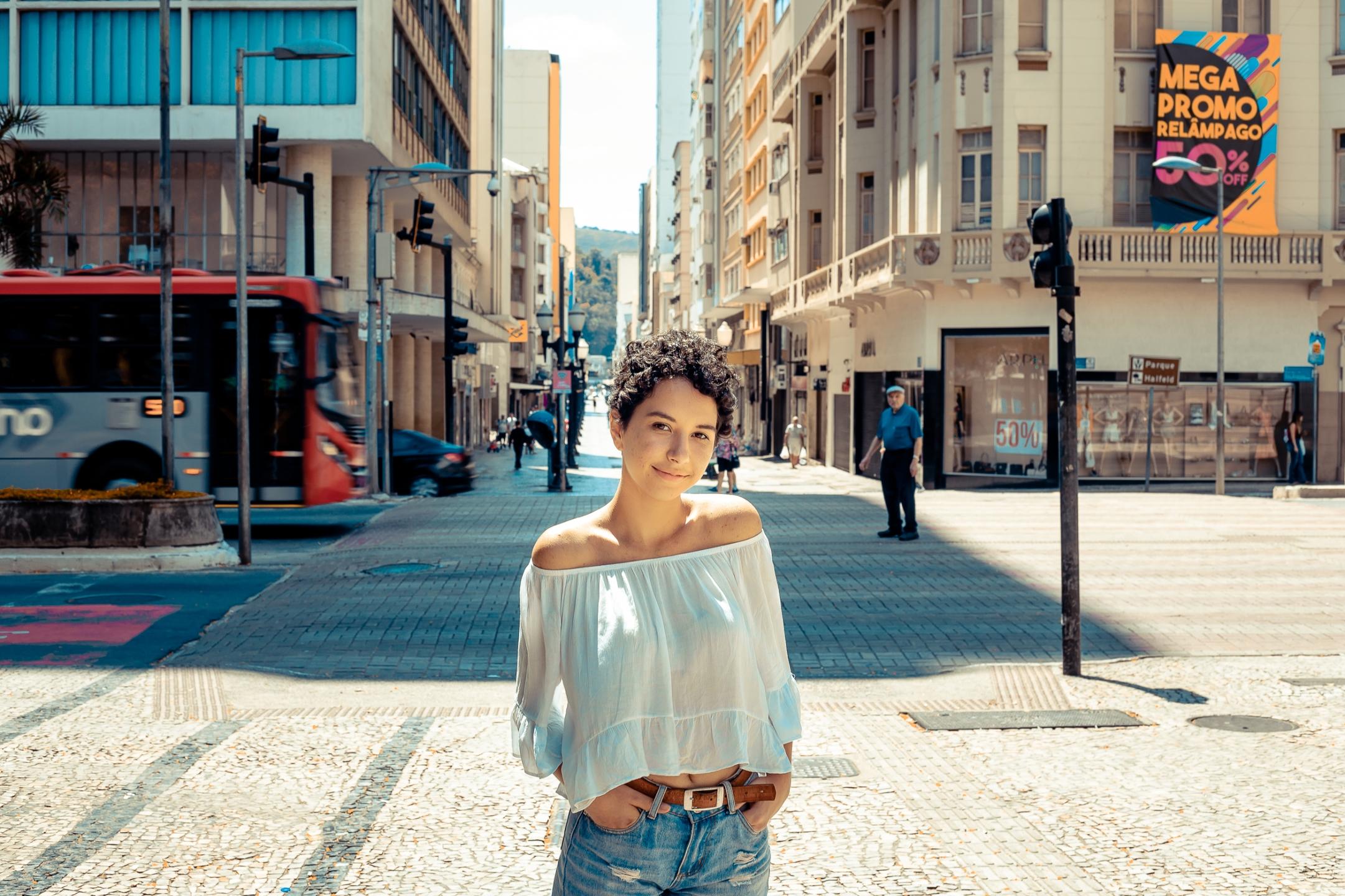 Luana Rodrigues (@luanarod) Cover Image