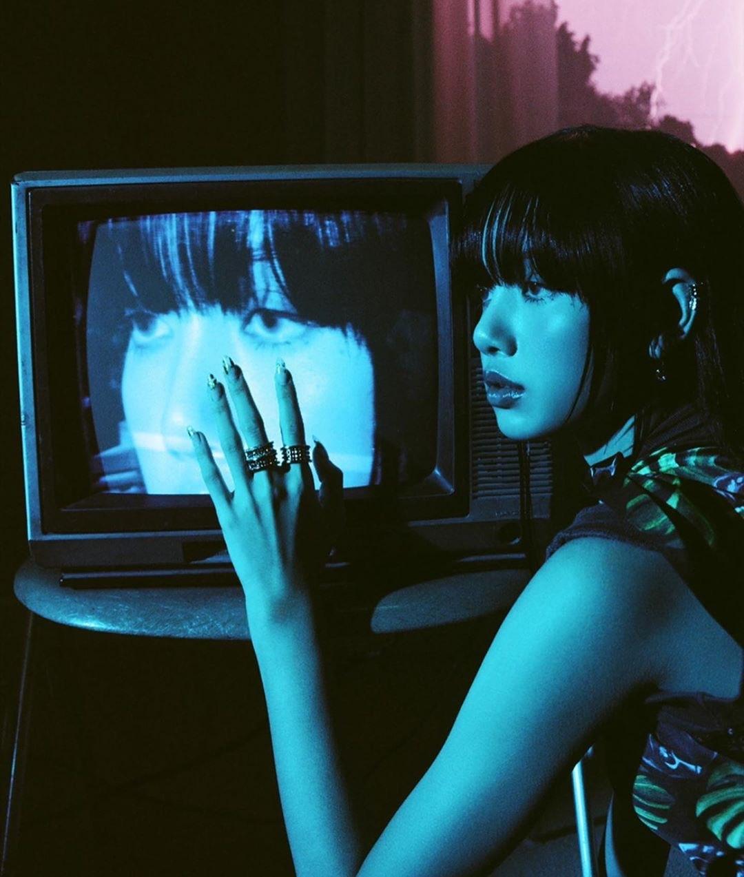 hiro (@chaeryeong) Cover Image