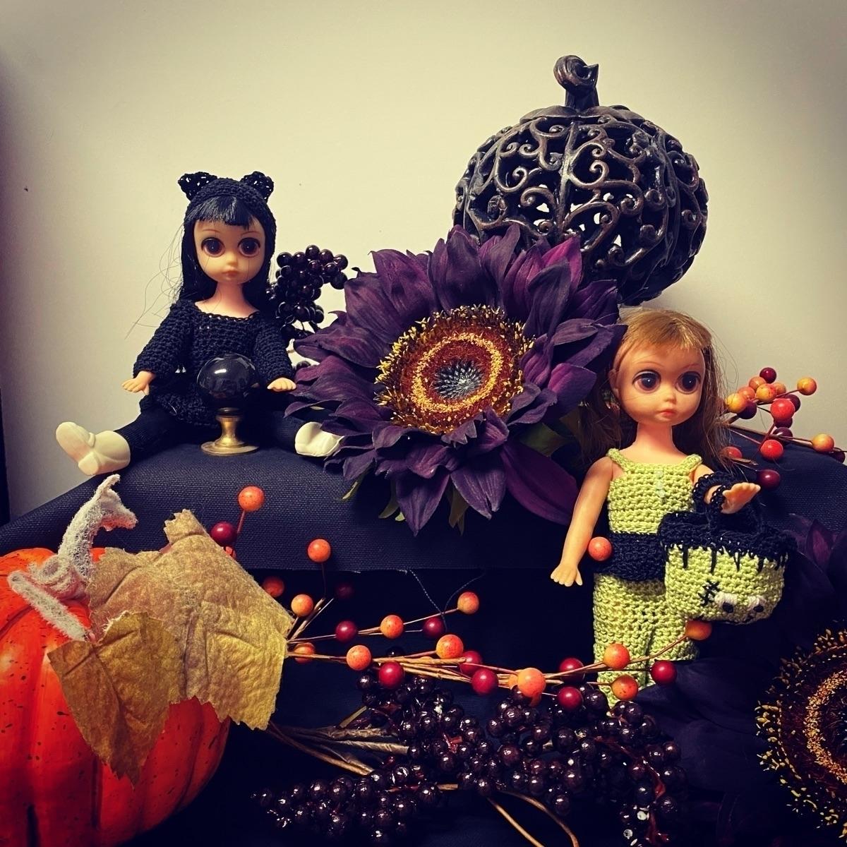 Rebecca Donaldson (@crochetingballerina) Cover Image