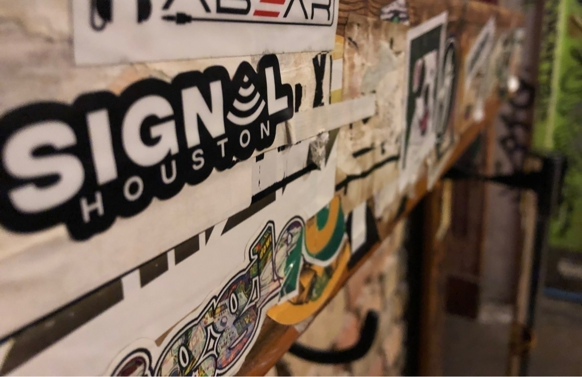 SignalHTX (@thesignalhtx) Cover Image