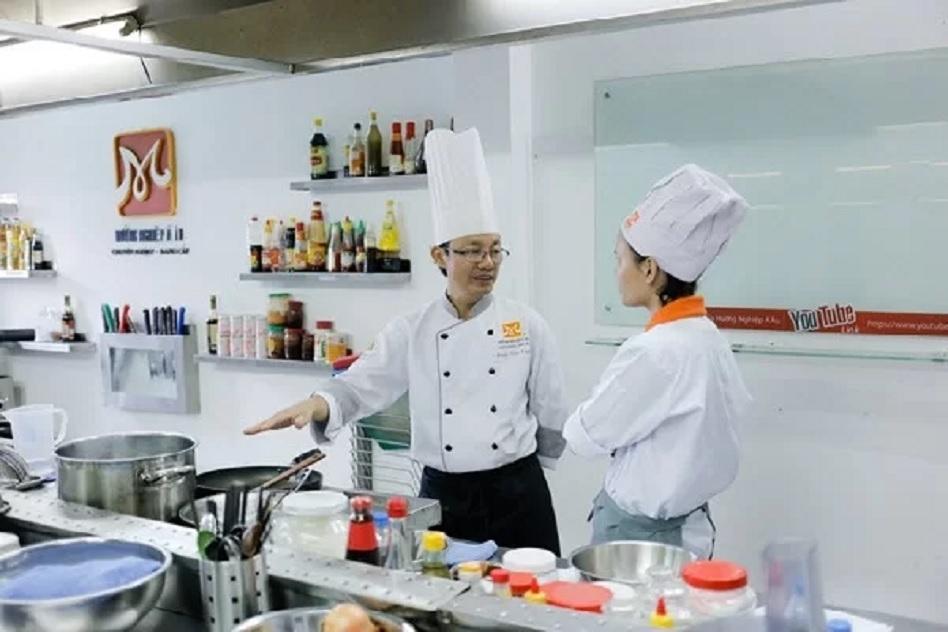 Học Nấu Phở Bò - Phở Gà - Mở Quán  (@hocnauphohnaedu) Cover Image