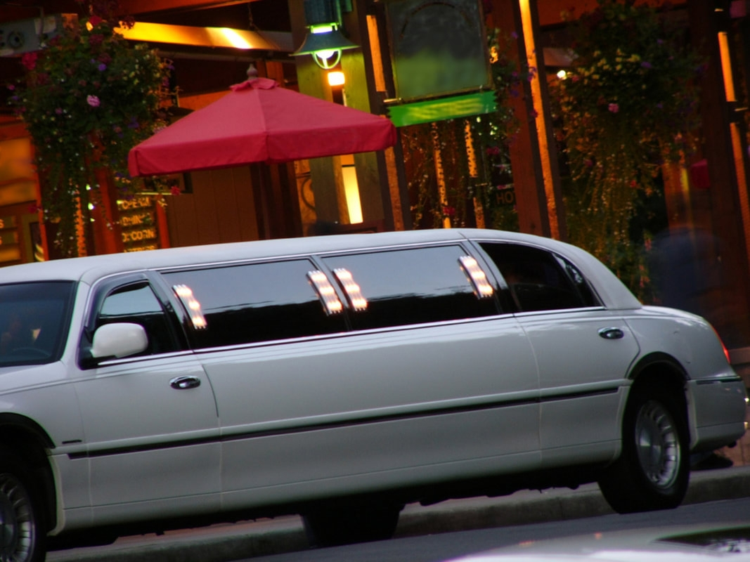 Vaughan Limo Service (@vaughanlimoservice) Cover Image