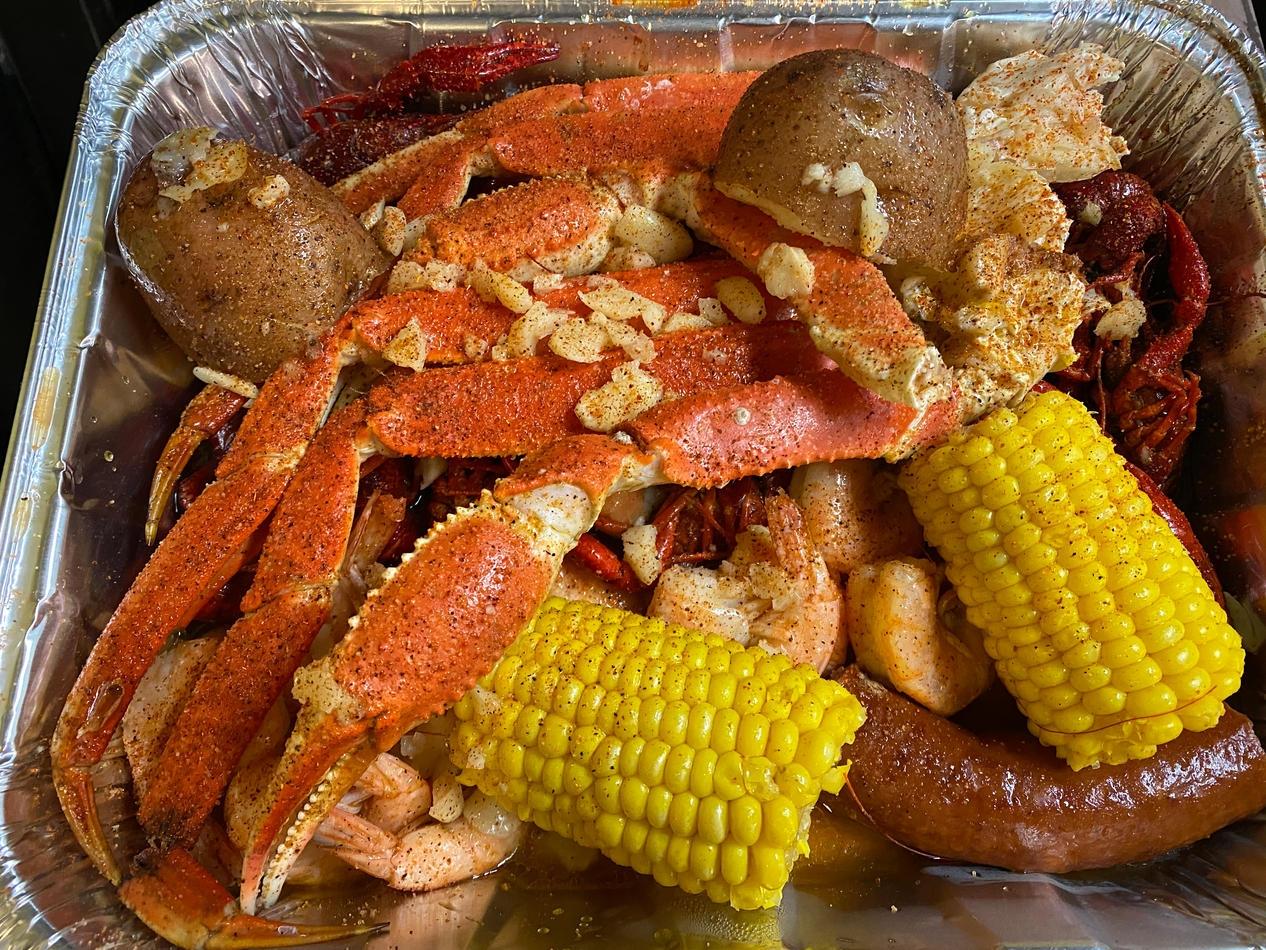 Live Crawfish & Seafood (@livecrawfishseafood) Cover Image