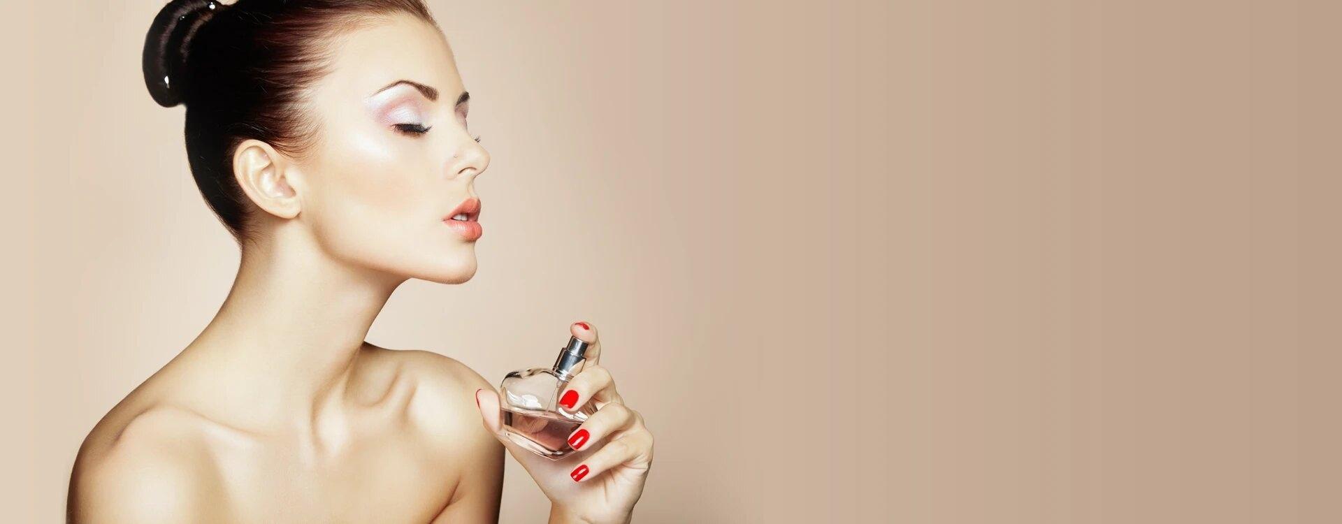 parfumscanada (@parfumscanada) Cover Image