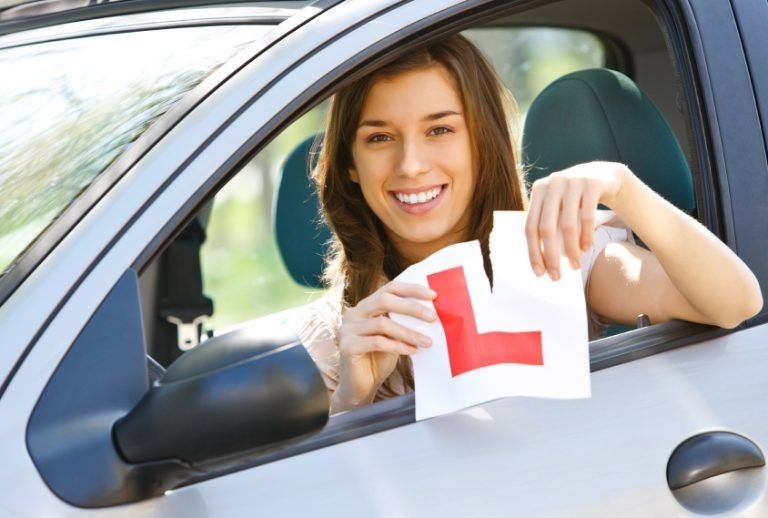 drivinglessonmel (@drivinglessonmel) Cover Image