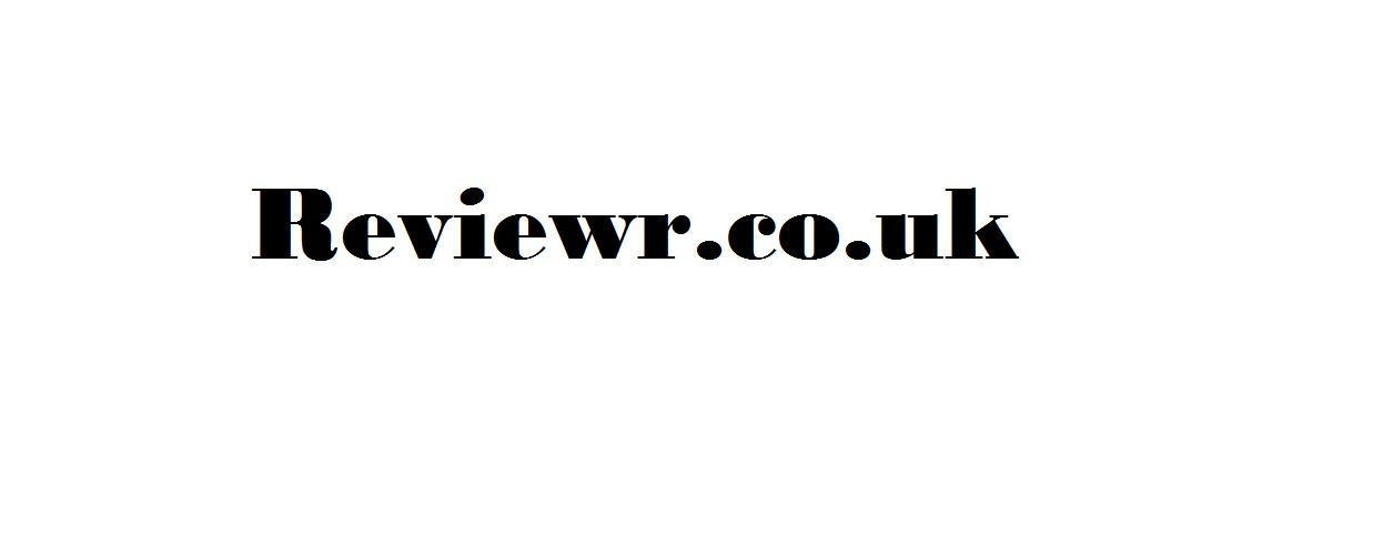ReviewrReview (@reviewrreview) Cover Image
