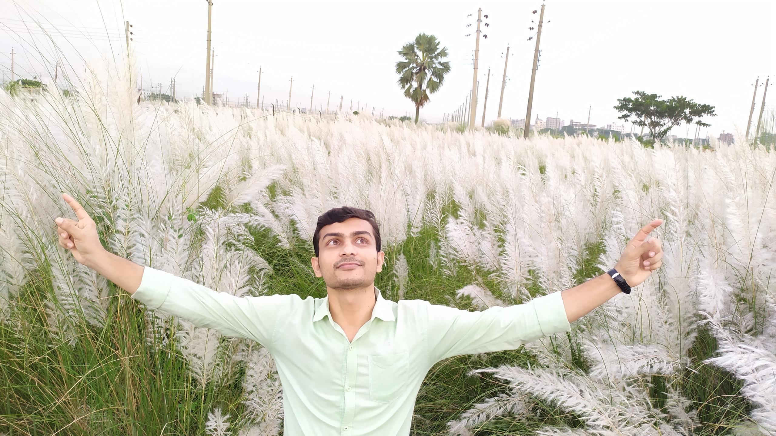 Utchhwas Chowdhury (@utchhwas) Cover Image
