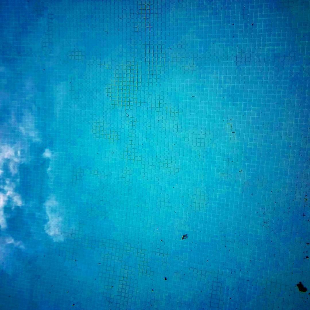 Eleo (@elenore) Cover Image
