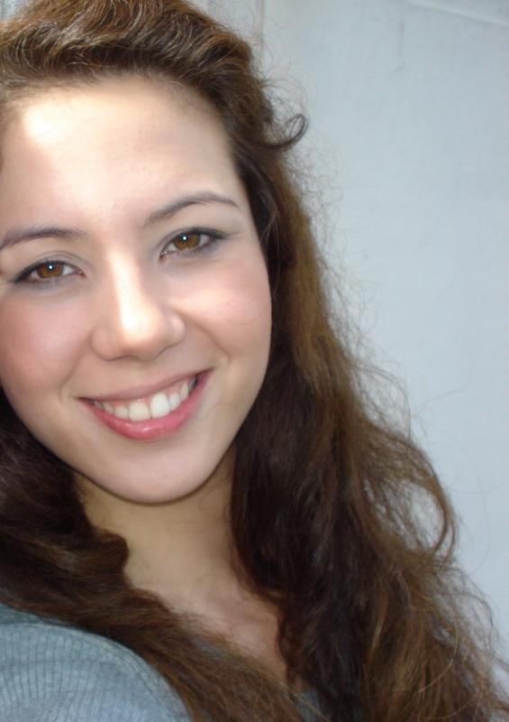 Ana Luiza Mantovani (@analuizamantovani) Cover Image